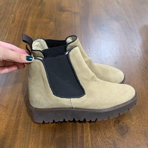 Ann Mashburn Lugsole Chelsea Boots
